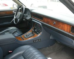 Jaguar XJ6